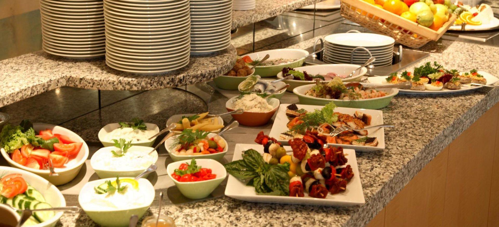 Radisson Blu Hotel Erfurt Frühstücksbuffet / Breakfast buffet