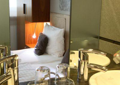 Radisson Blu Hotel Erfurt Junior Suite Badezimmer / Bathroom